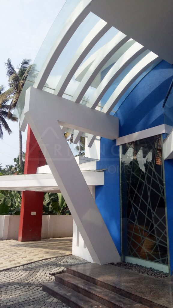 Seven shaped piller with curved tempered glass roofing